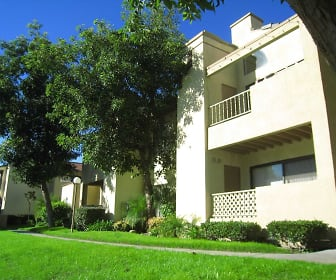 Building, Cottonwood Ranch Apartments