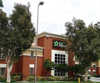 Furnished Studio - Los Angeles - Glendale, Glenwood, Glendale, CA