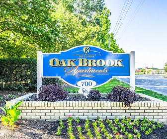 Community Signage, Oak Brook Apartments