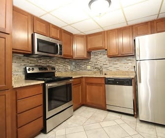 Bellevue Apartments, McCandless, PA