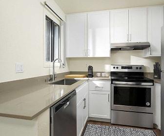 Kitchen, eaves Warner Center