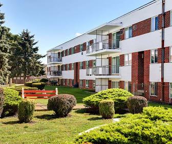 Washington Court Apartments, Wilson, PA