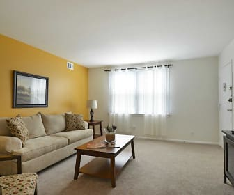Living Room, Middleboro Apartments
