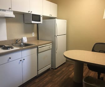 Furnished Studio - Kansas City - Overland Park - Metcalf Ave, Shawnee Mission, Overland Park, KS