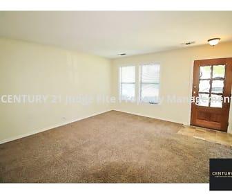 Living Area, 403 W. Oak Street