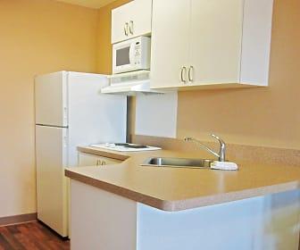 Kitchen, Furnished Studio - Tucson - Grant Road