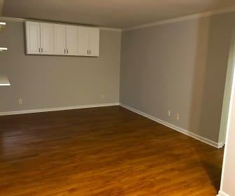 Living Room.jpg, 3820 Fairfield Ave Unit #53