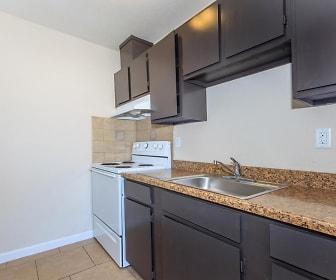 Meadowlark Apartments, Los Banos, CA