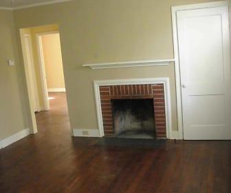 Living Room, 5209 Brentwood Ln