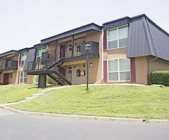 Royal Orleans Apartments, Pittsburg, KS