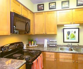 Kitchen, Signal Pointe