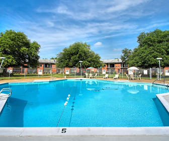 Country Club Apartments, Coliseum Central, Hampton, VA