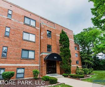 Kenmore Park Apartments, Elmhurst College, IL