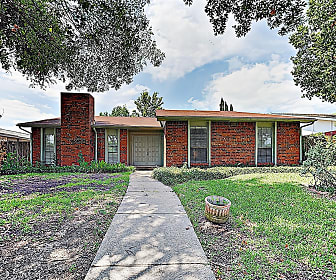 243 Woodhurst Drive, Coppell, TX
