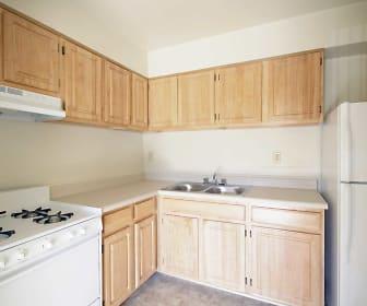 Kitchen, Ashley Trace Apartments