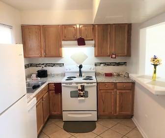 Quail Ridge Apartments, 27889, NC
