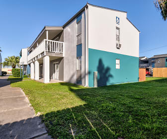 Building, Bay Bluff Apartments