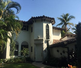 1001 COCONUT DR, Twin Lakes, FL