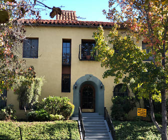 444 N. Sycamore Ave., Fairfax District, Los Angeles, CA