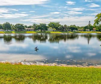 Oakland Hills Villas On The Lake, Sunrise, FL