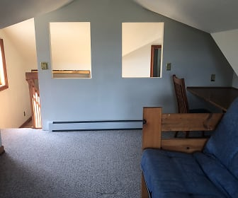 Living Room, 91 Blue Creek Overlook