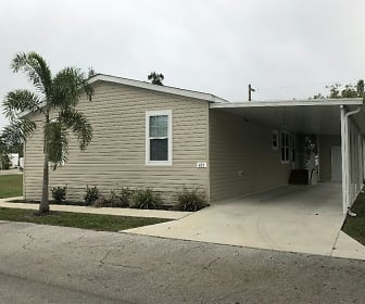 421 Mongoose Lane #421, North Fort Myers, FL