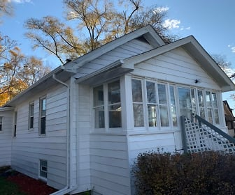 2441 south wayne road, Woodhaven, MI