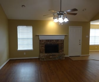 Living Room, 1214 Shelby Drive