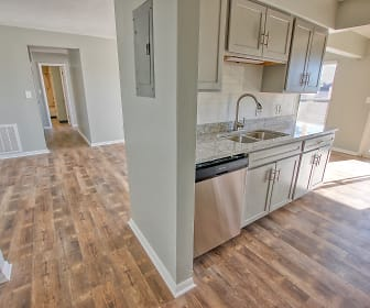 Kitchen, Sugar Bush Apartments