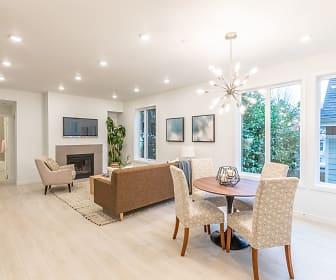 Living Room, NE Garfield