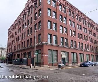 703 N 13th Street Unit #506, Marine, IL