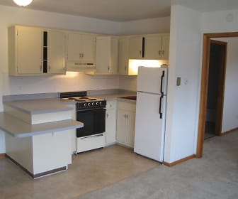 Kitchen, Pine Manor Apartments