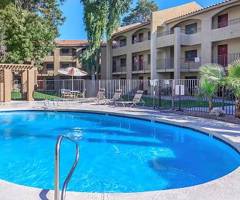 Ivilla Garden, La Puerta High School, Phoenix, AZ
