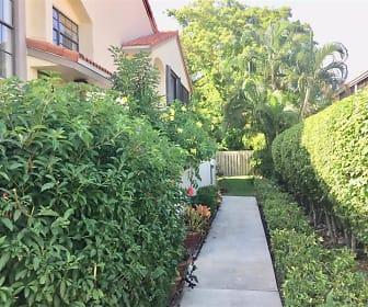 HUGE/Aventura 3520  Cir, Carver Ranches, FL