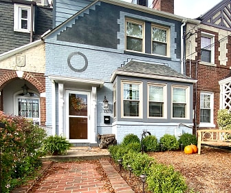1373 Rittenhouse St. NW, Montgomery, MD