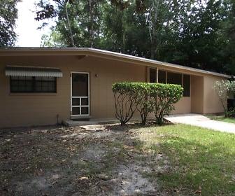 3003 NE 11th Terrace, Interlachen, FL