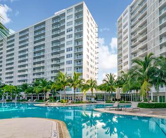 Southgate Towers Luxury Apartments, Miami Beach Senior High School, Miami Beach, FL