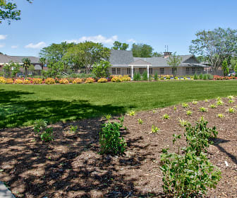 Landscaping, Waterford Apartments