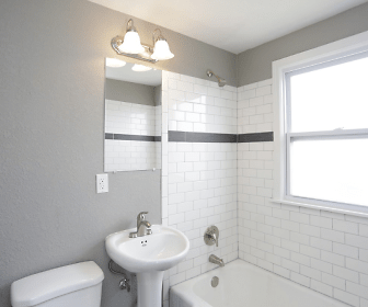 Bathroom, Warwick Court Townhomes