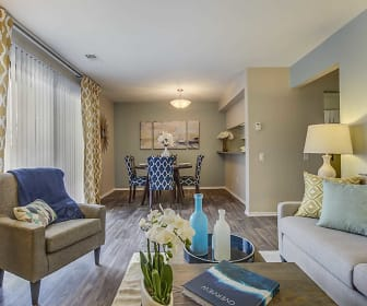 Spring Valley Apartments, Farmington Hills, MI