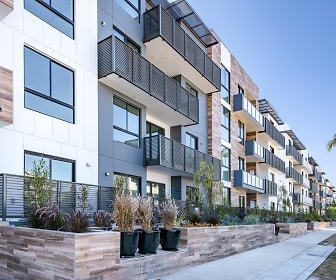 Building, Cole Grove