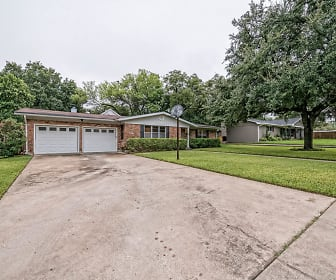 4208 McKenzie, Baylor, Waco, TX