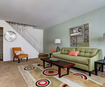 Living Room, Middletown Trace Apartments
