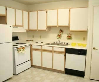 Kitchen, Parks at Wynnewood Apartments