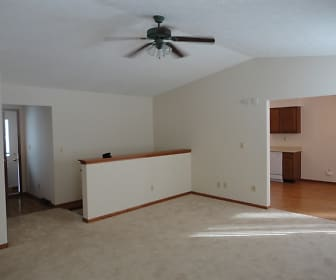 10284 Pinesap Place, Rockford, IL