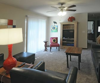 Living Room, Spring Lake Apartments (WI)