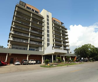 230 West Alabama Apartments, Houston Community College, TX