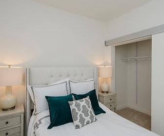 Bedroom, 2255 Wisconsin Avenue