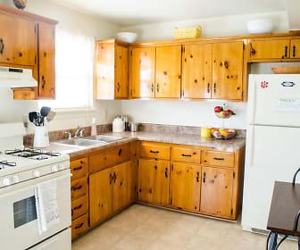 Kitchen, Landmark at Gayton