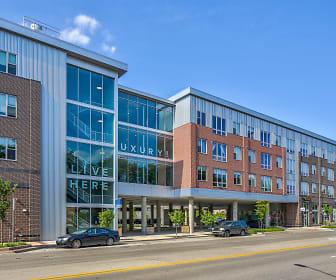 Diamond Place Apartments, Belknap Lookout, Grand Rapids, MI